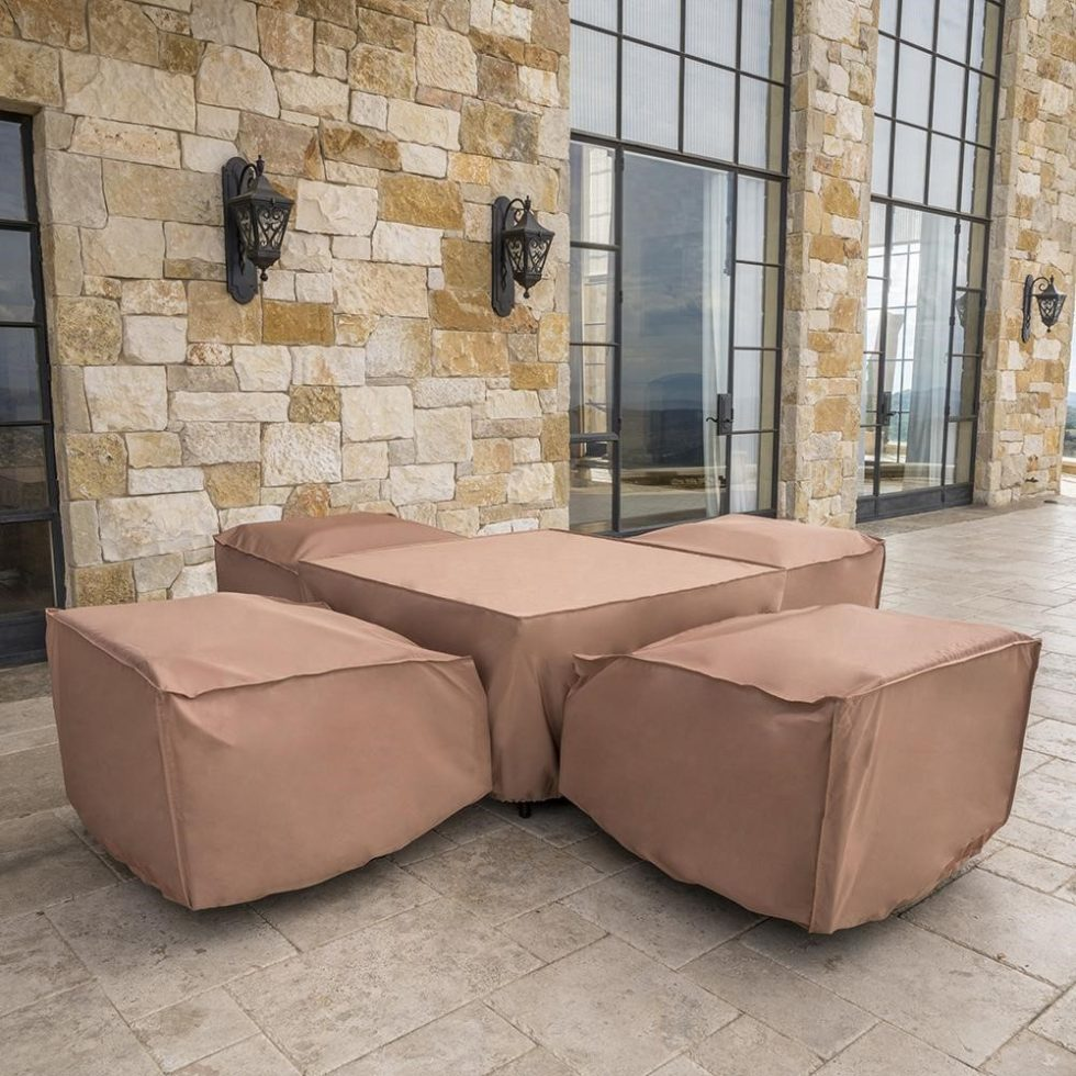 How to protect outdoor furniture during the winter