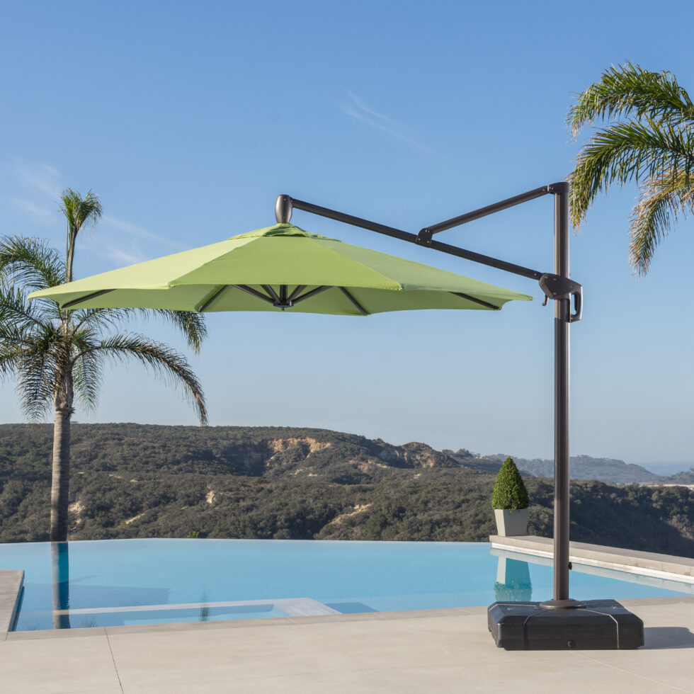 THE BEST PATIO UMBRELLAS GREEN